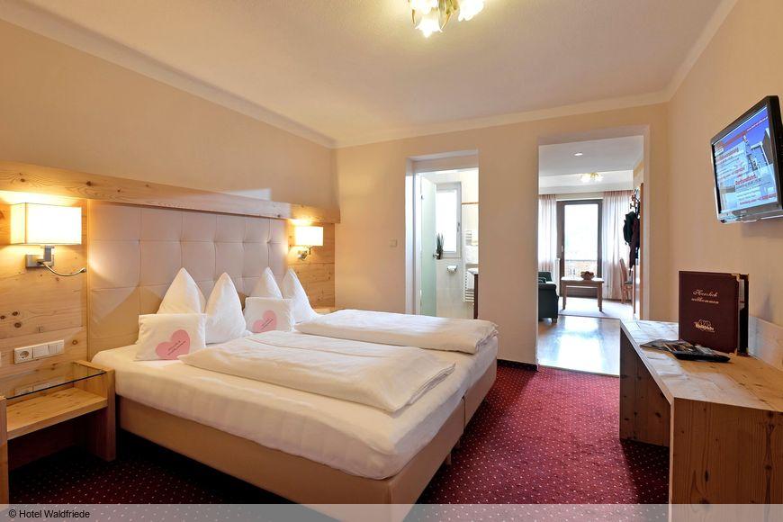 Slide2 - Hotel Waldfriede