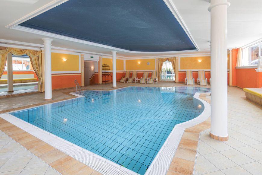 Slide3 - Hotel Alphof