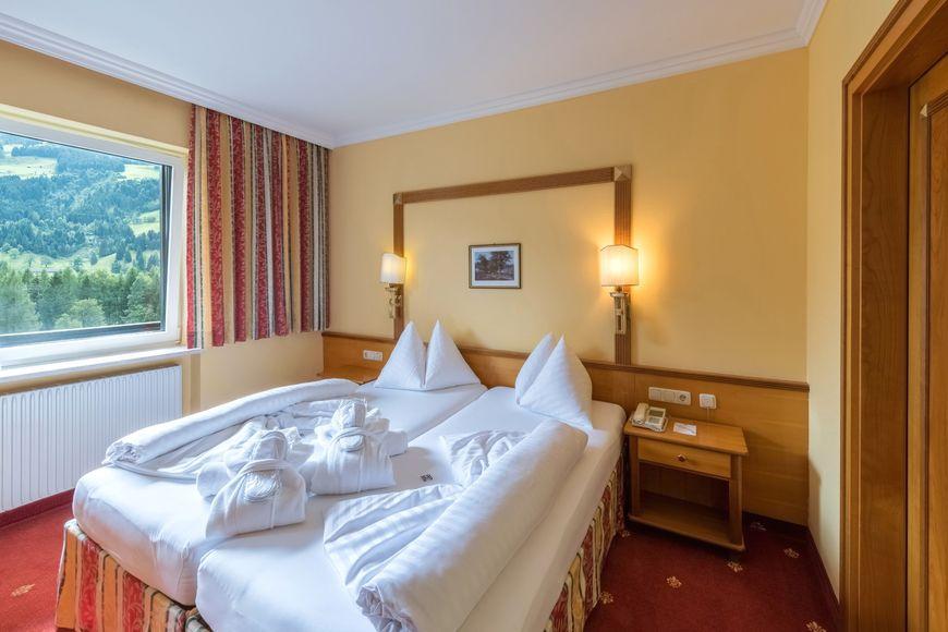 Slide2 - Hotel Germania Gastein