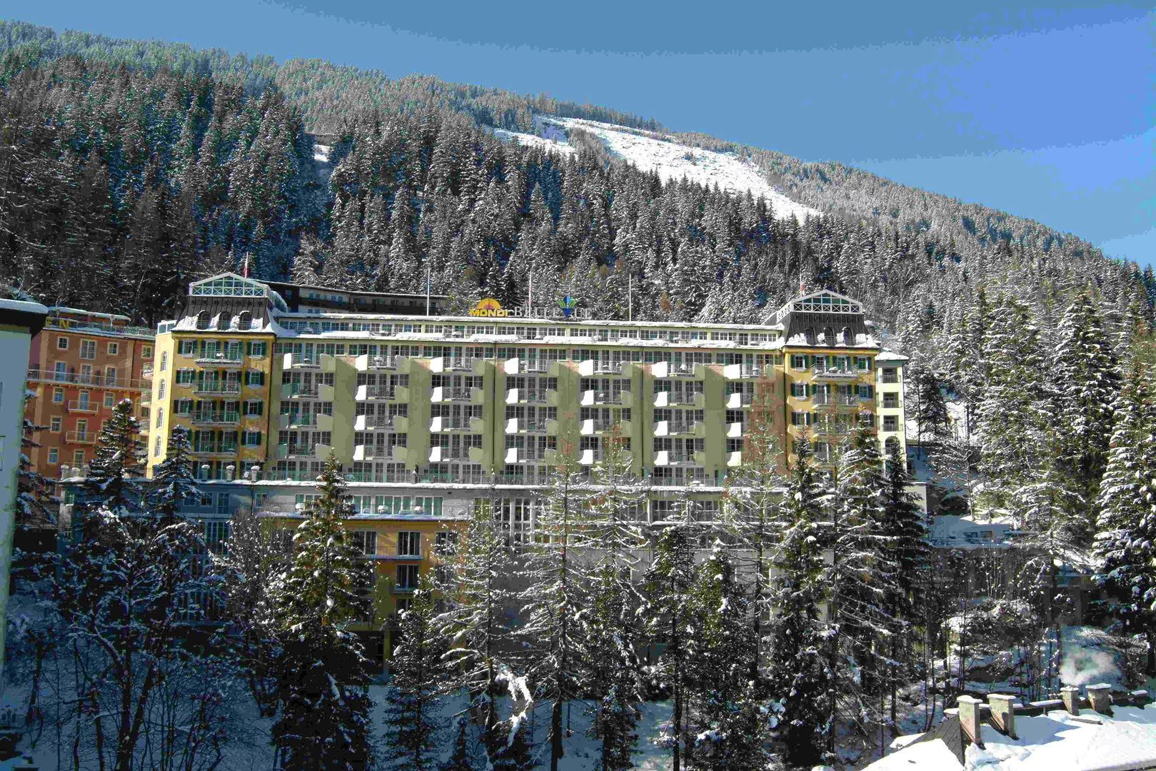Slide1 - Hotel Mondi Holiday Bellevue