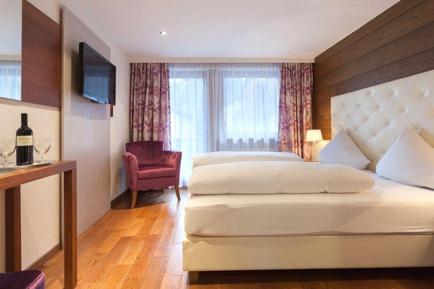 Slide2 - Hotel Kaunertalerhof