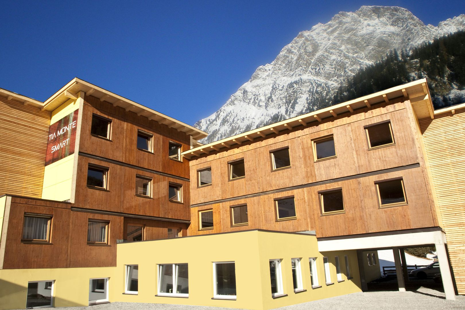 Slide1 - Hotel Tia Monte Smart