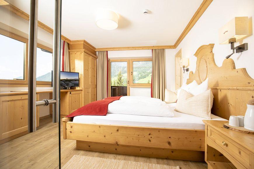 Slide4 - Alpbach Bergwald Apartments