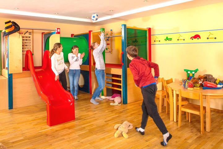 Doppelzimmer/2 Zustellb. Du/WC (Sonnenzimmer), HP PLUS