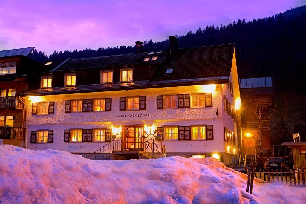 Die Sonnigen, Hotel, A...