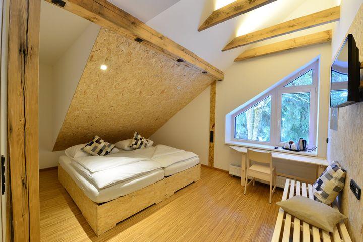 Doppelzimmer/Zustellbett Du/WC, HP