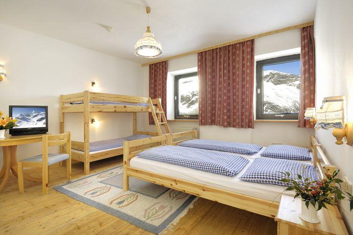 Doppelzimmer/2 Zustellb. Du/WC (ca. 22 m², Sonnblick), HP