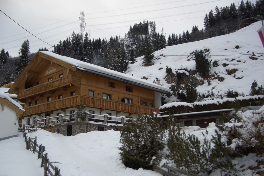 Slide4 - Landhaus Staudacher