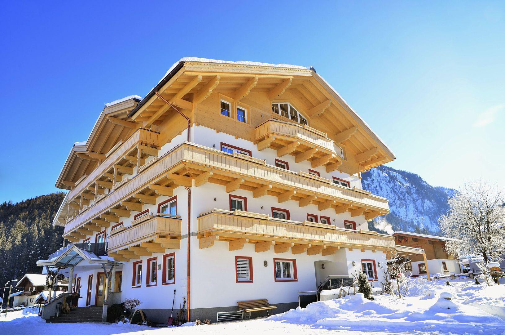 Slide1 - Family Hotel Grundlhof