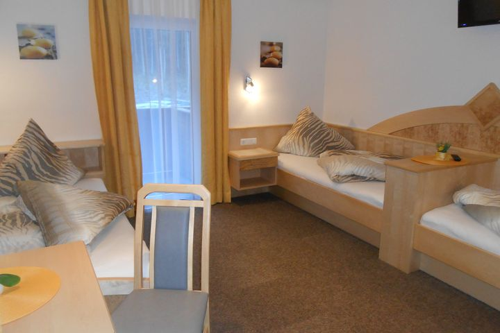 6-Pers.-Appartement (ca. 95 m²), OV