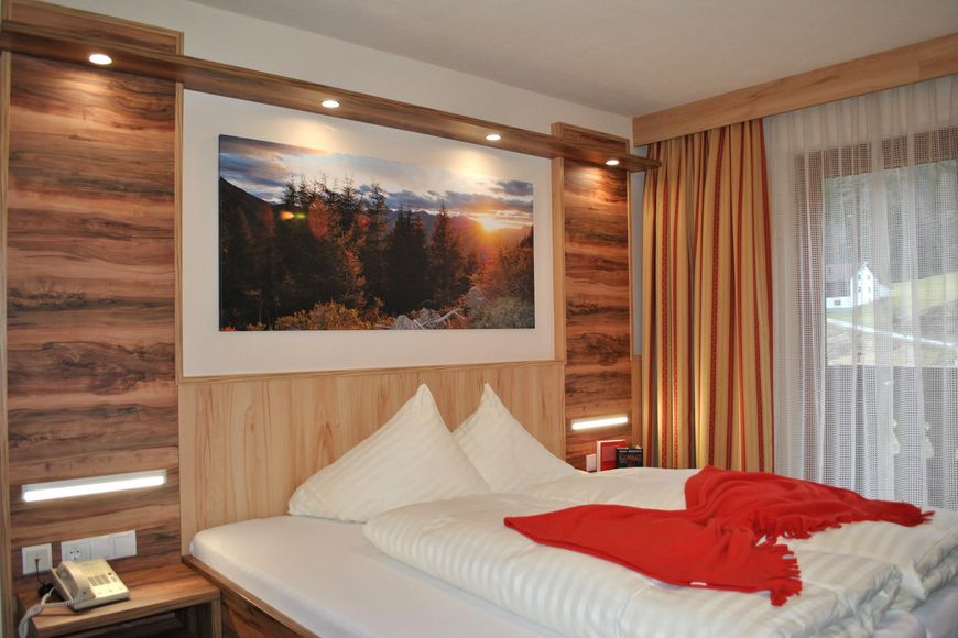 Slide2 - Hotel Haid