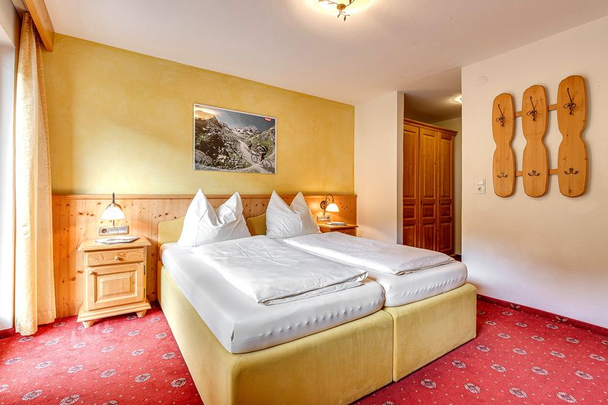 Slide2 - Apart Resort Fugenerhof