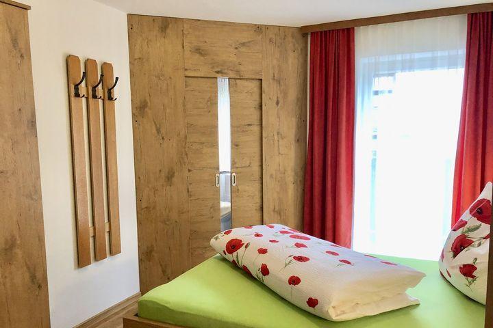 Doppelzimmer/Zustellb. (Kind) Du/WC (ca. 20 m²), HP