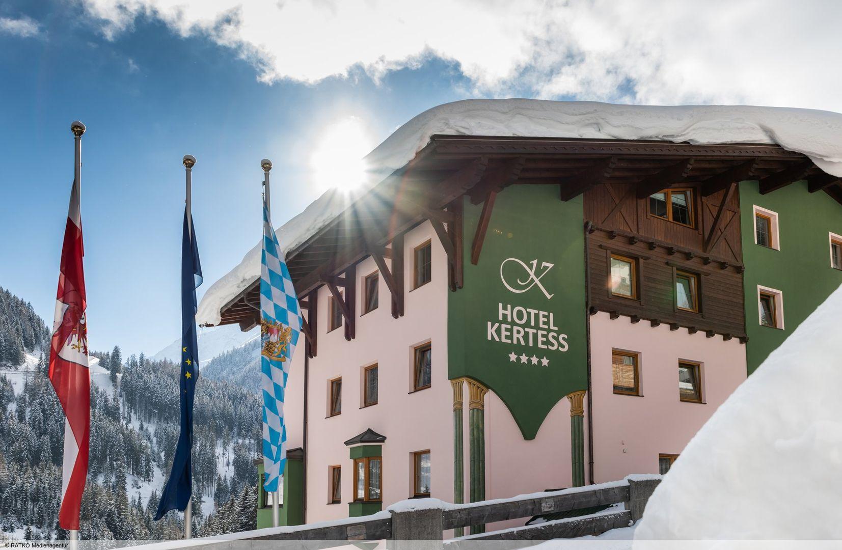 Slide1 - Hotel Kertess