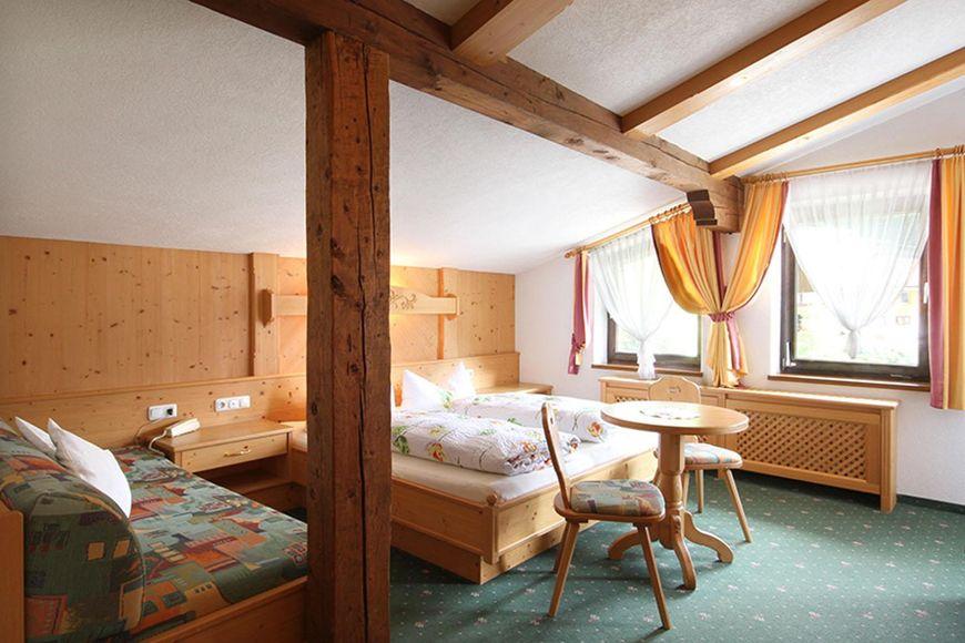 Hotel Thaneller - Slide 2