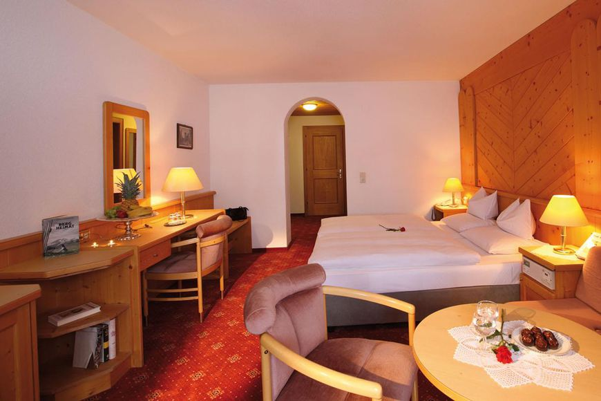 Slide2 - Hotel Buntali