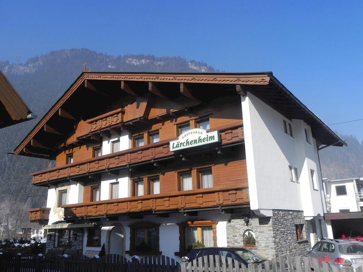 Gastehaus Larchenheim - Slide 1