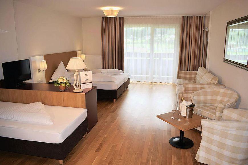 Slide2 - Hotel Malerhaus