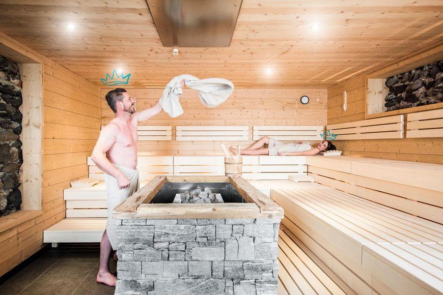 KOSIS Sports Lifestyle Hotel - Slide 4