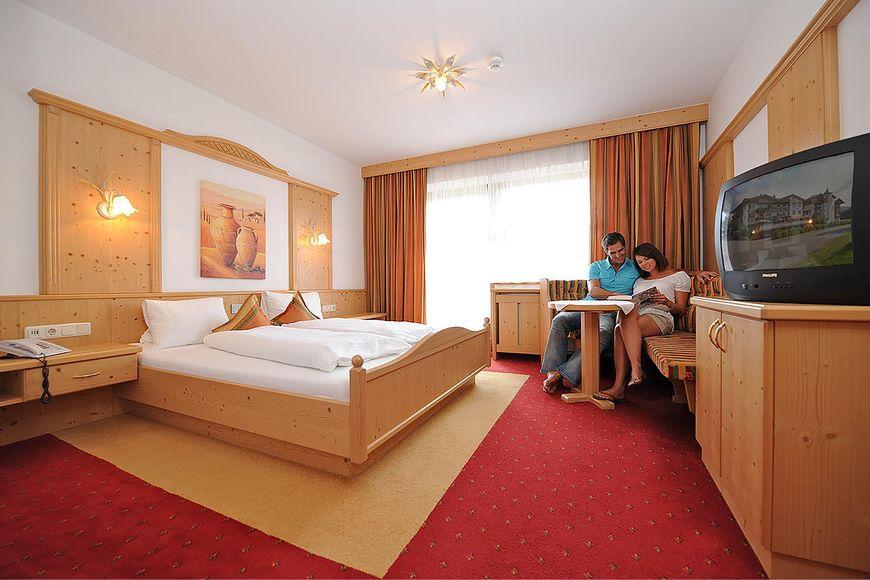 Slide2 - Hotel Sonneck
