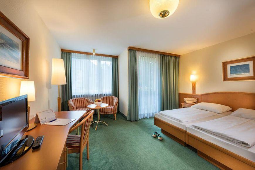 Slide2 - Johannesbad Hotel Palace