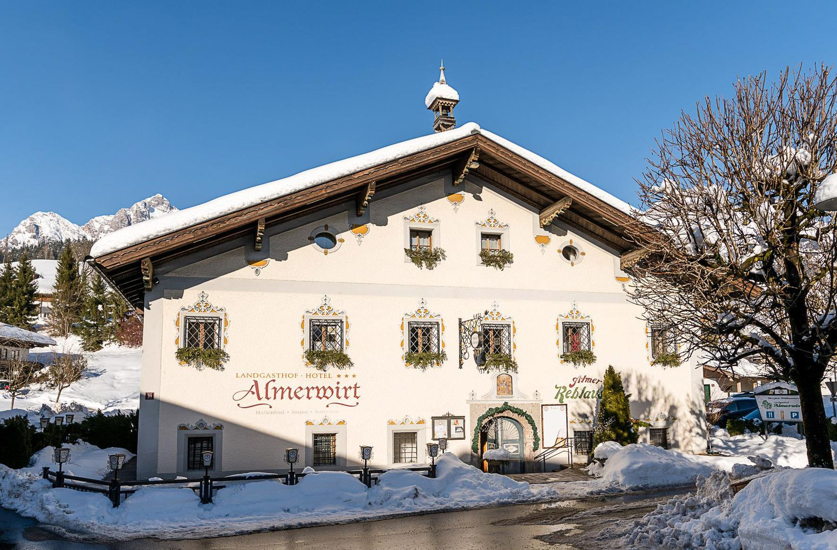 Landgasthof Almerwirt - Slide 1