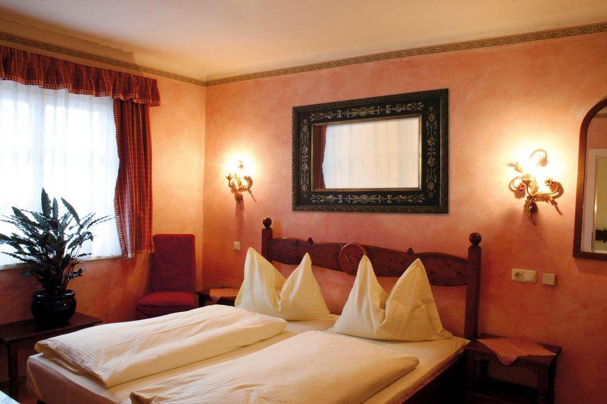 Hotel Post - Slide 2