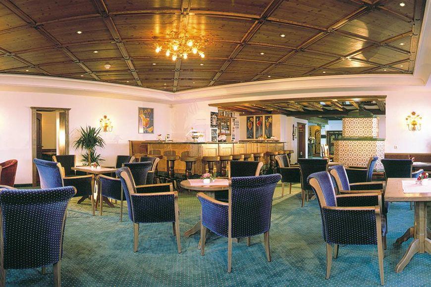 Slide4 - Hotel Arlberg
