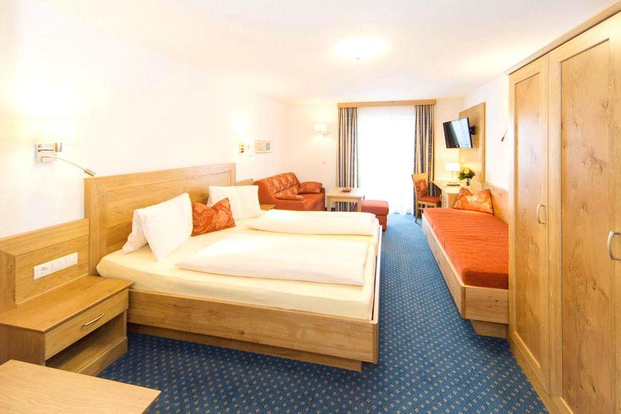 Slide2 - Hotel Kielhuberhof