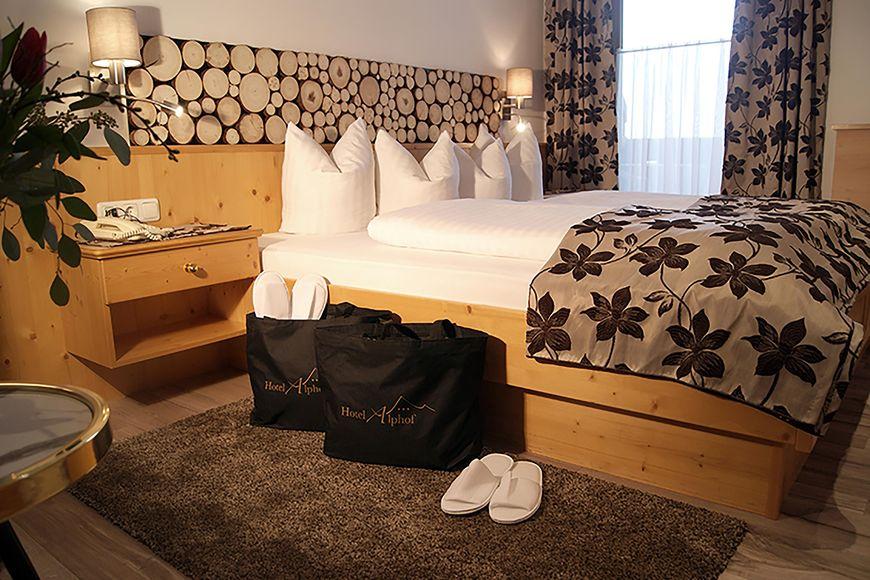 Slide2 - Hotel Alphof