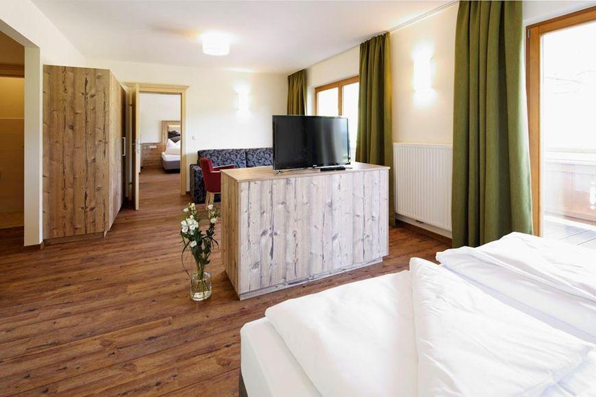 Slide4 - Holiday Hotel Fuchs