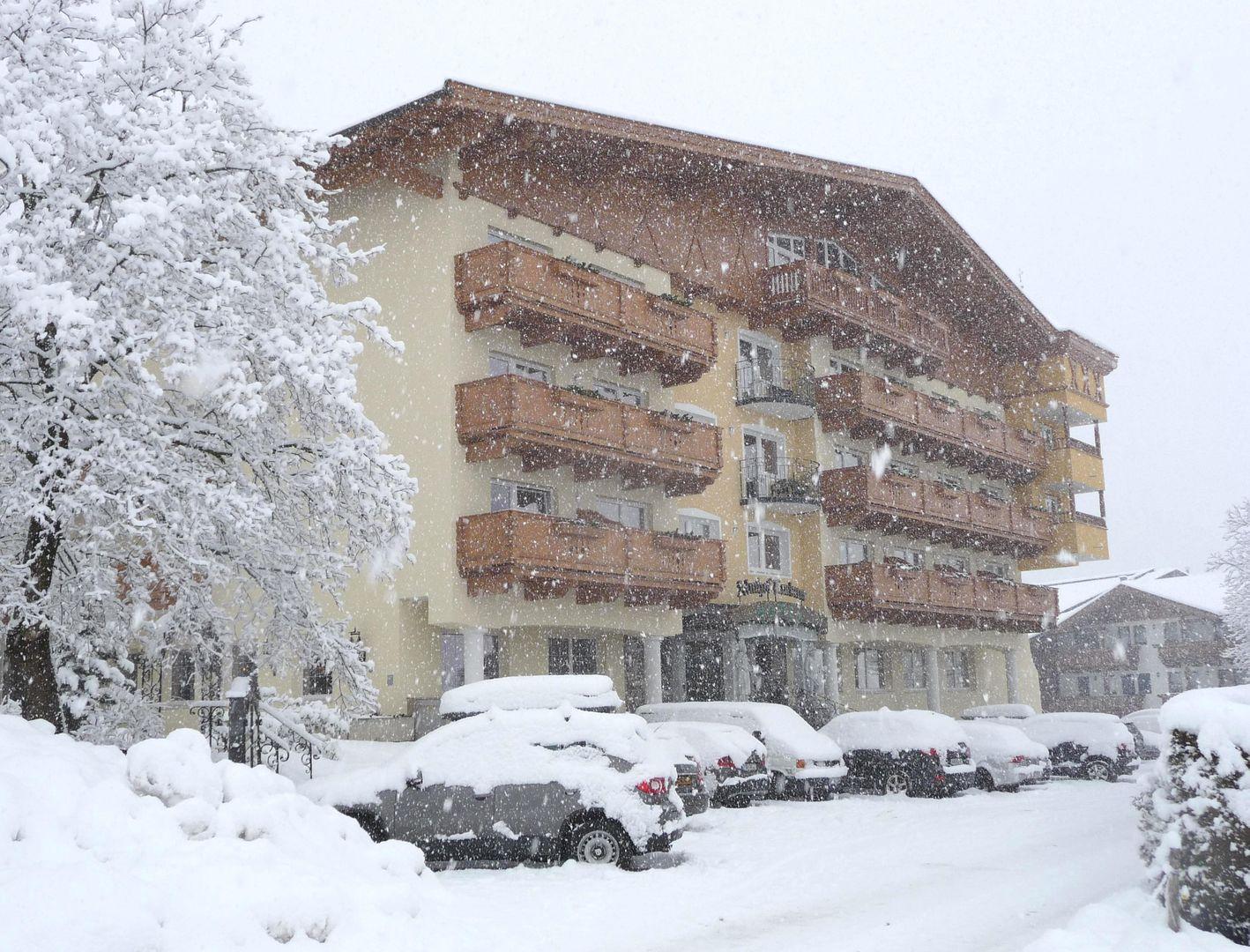 Slide1 - Hotel Almhof Lackner