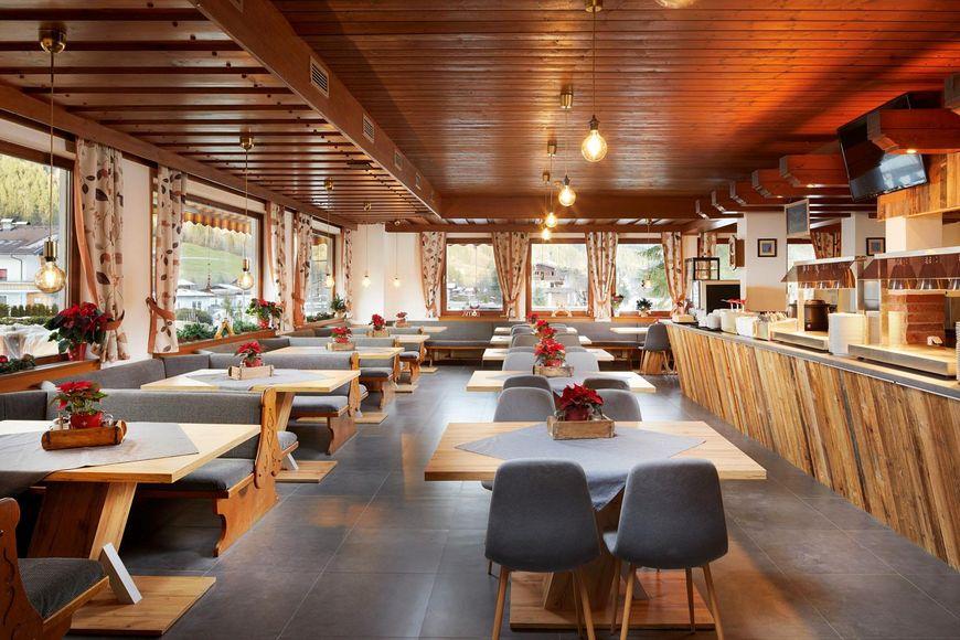 Slide3 - Hotel Pinzger Stubn