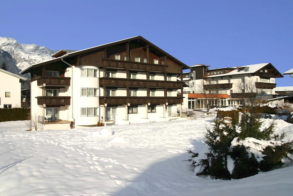 Slide1 - Hotel Edelweiss