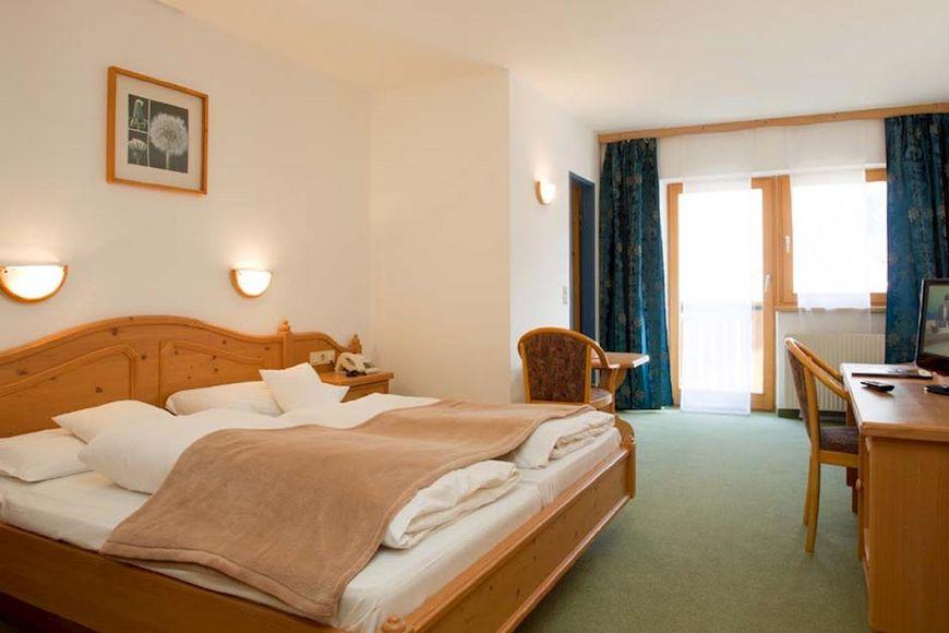 Hotel Alpengarten - Slide 3
