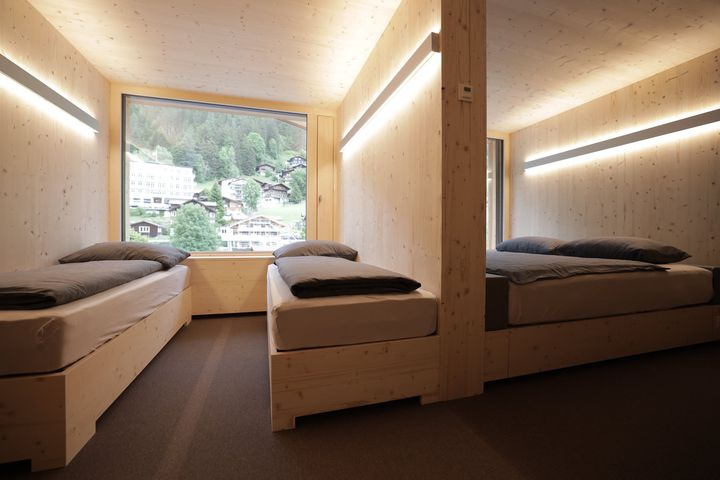 Doppelzimmer Du/WC (smart cabin, city view), ÜF