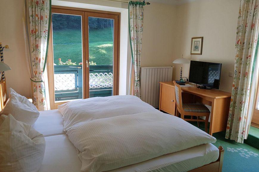 Hotel Voglauerhof - Slide 2