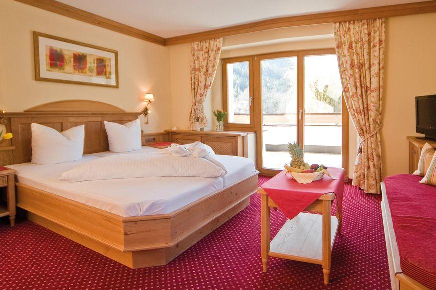 Slide2 - Hotel Tramser Hof