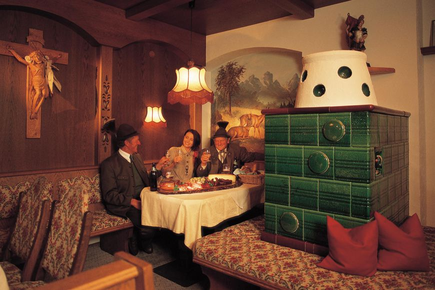Slide4 - Hotel Jagerhof