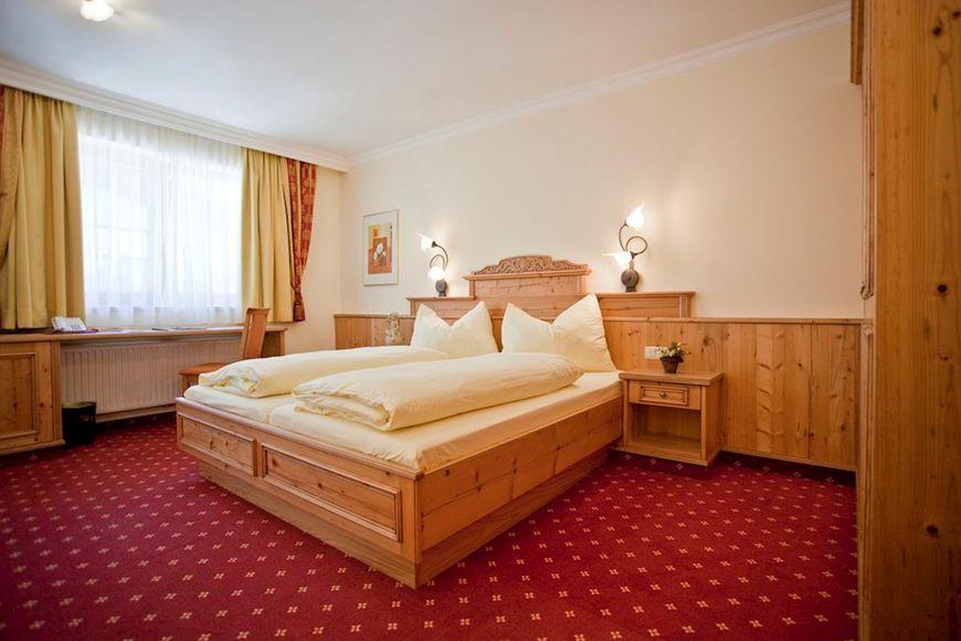 Hotel Alte Post - Slide 2