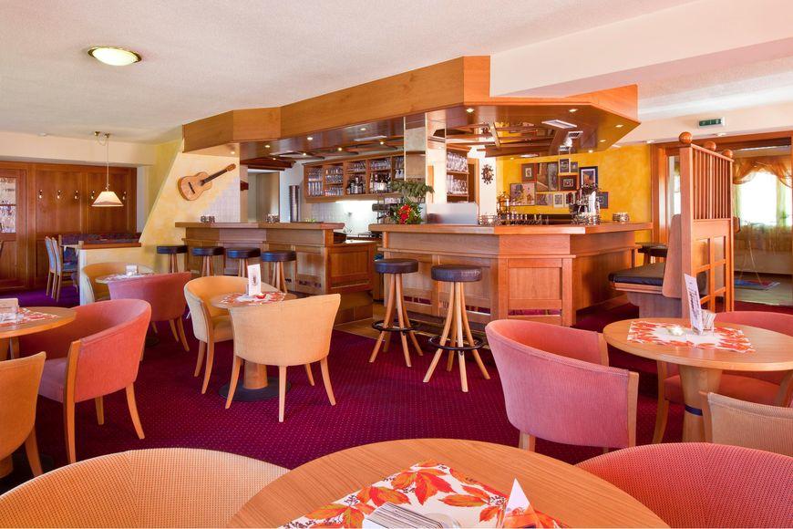 Hotel Alpenfriede - Apartment - HochZeiger