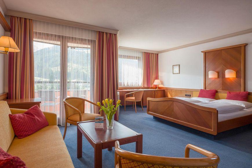 Vital- und Sporthotel Brixen - Slide 2