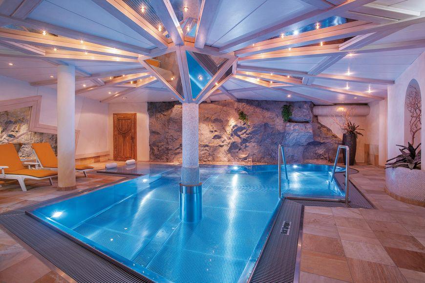 Slide3 - Sporthotel Piz Buin