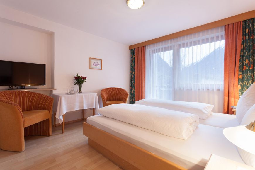 Slide4 - Hotel Kaunertalerhof