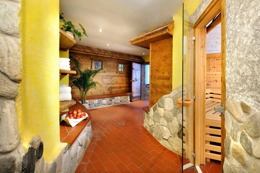 Hotel Ferienwelt Kristall - Slide 3