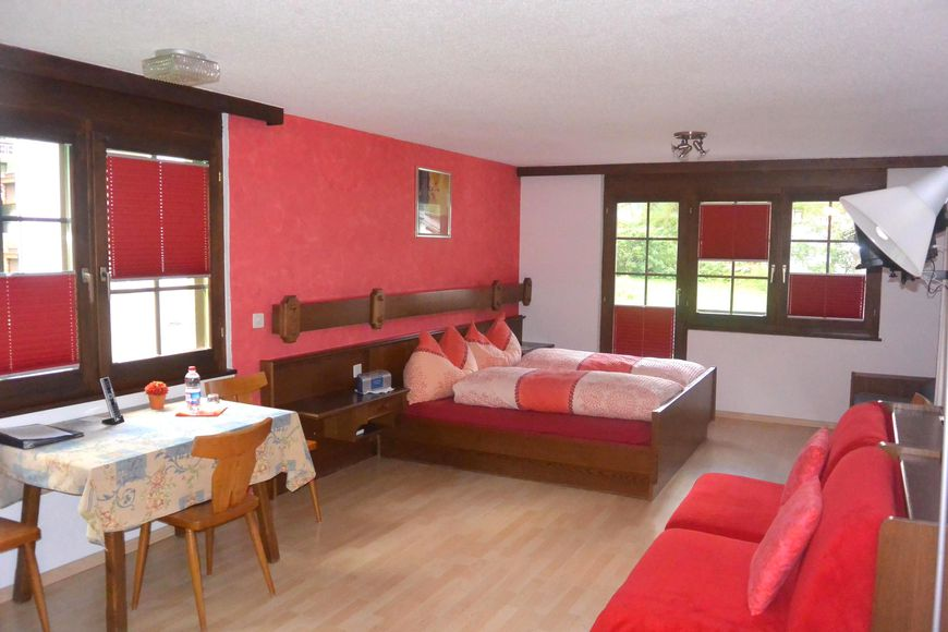 Hotel Bärgsunnu - Apartment - Saas Grund