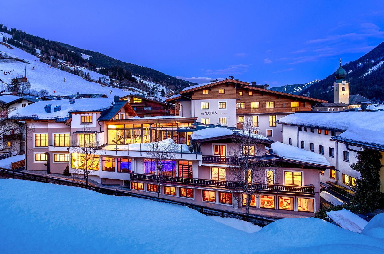 Hotel Das Neuhaus - Slide 1