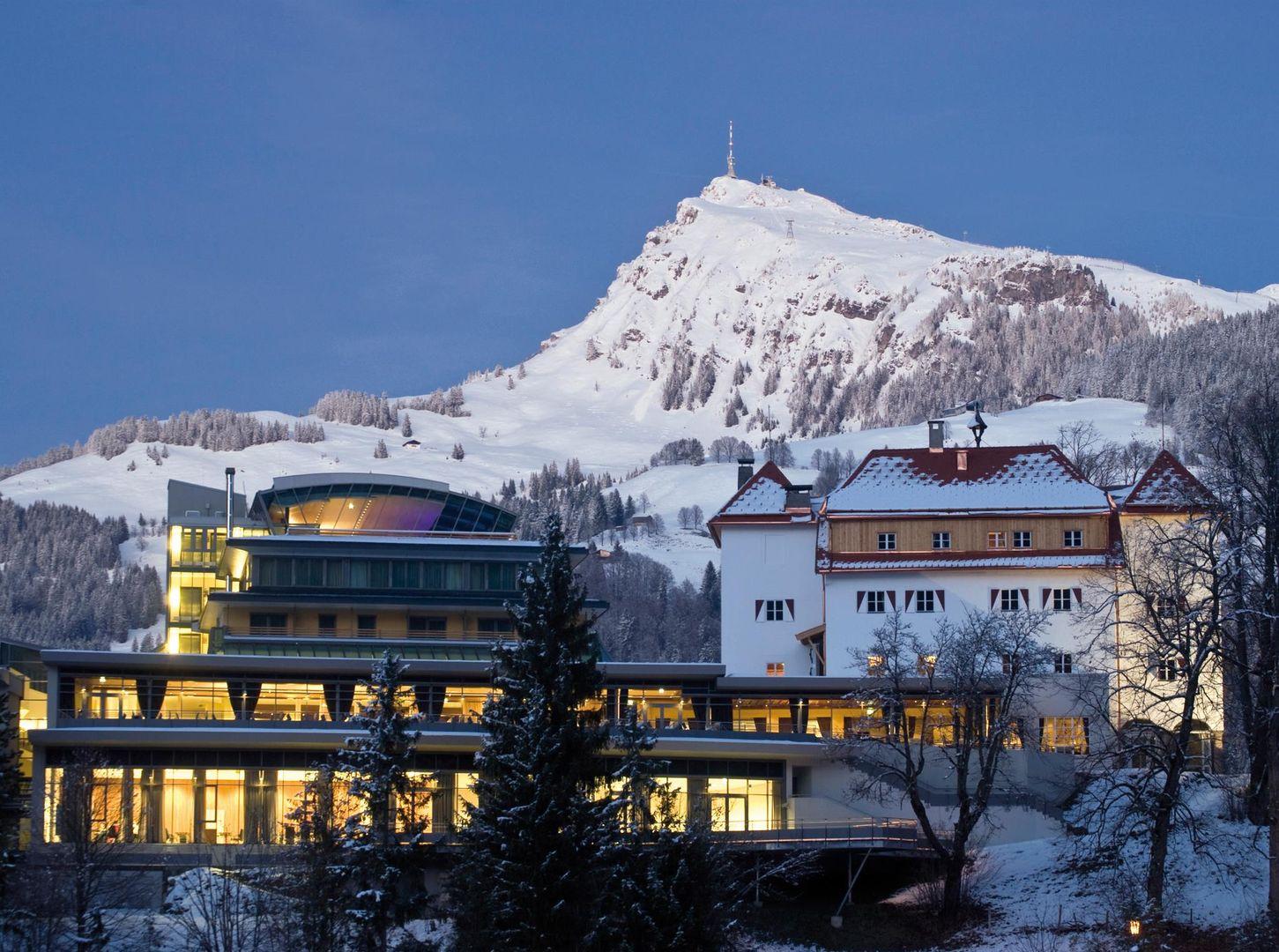 Lebenberg Schlosshotel - Slide 1