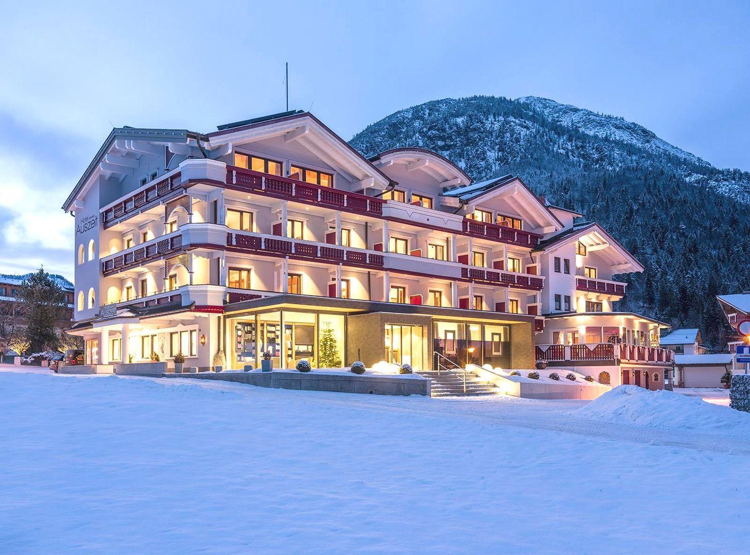 Hotel Garni Auszeit - Slide 1