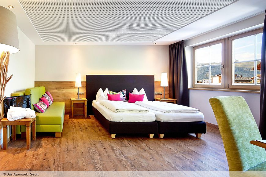 Slide2 - My Alpenwelt Resort